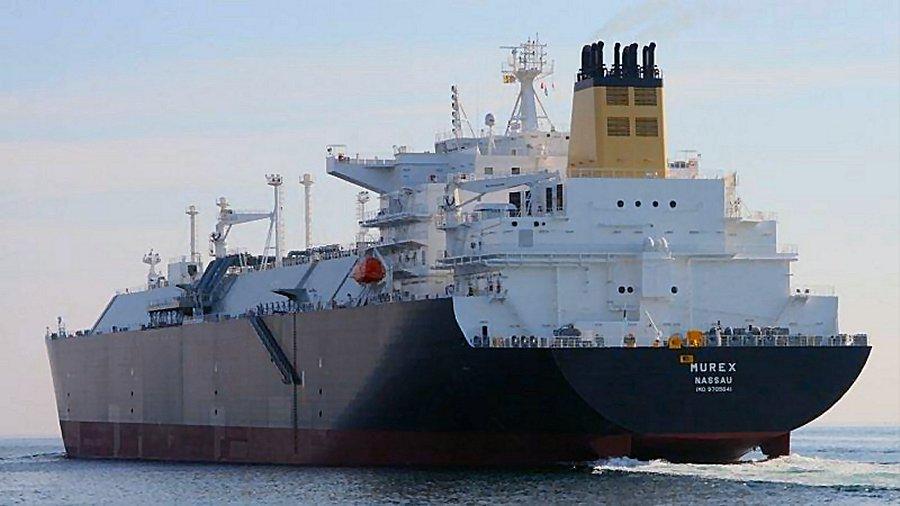 Нефтяные танкеры Cheniere и Shell меняют курс в обход Суэцкого канала