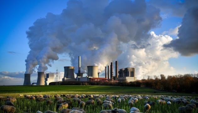 Выбросы углерода связанные с энергетикой, в этом году вырастут почти на 5%.