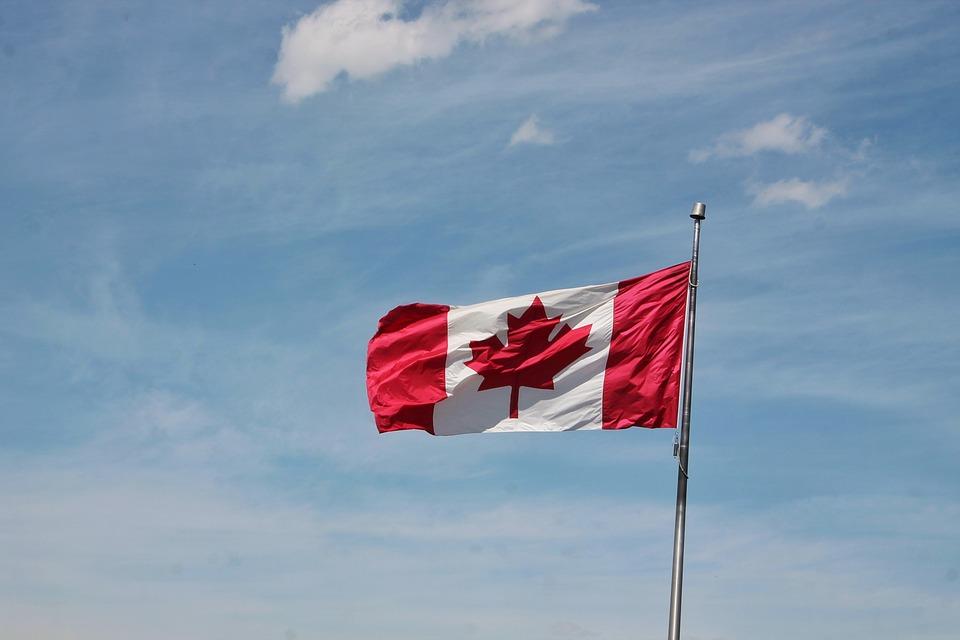 Канада запретила одноразовый пластик