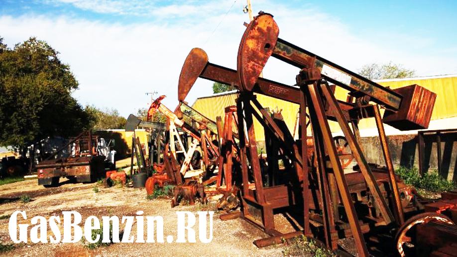 В среду цены на нефть упали примерно на 4%