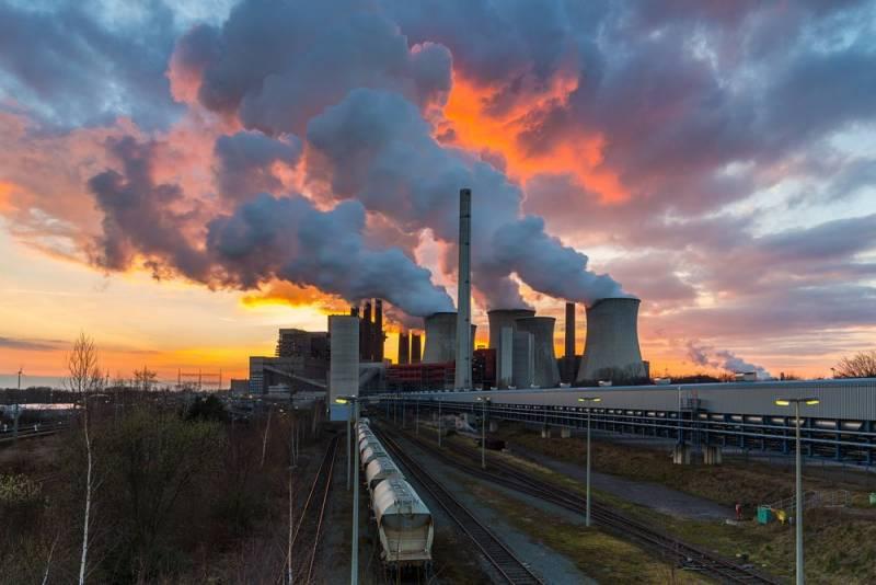 Эксперт по климату призывает Китай и Японию прекратить финансирование угольных электростанций в бедных странах